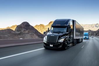 361-szer kerülhette volna meg a Földet ez a kamionos