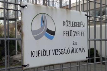 Rengeteg magyar autós járhat fél évig műszaki nélkül