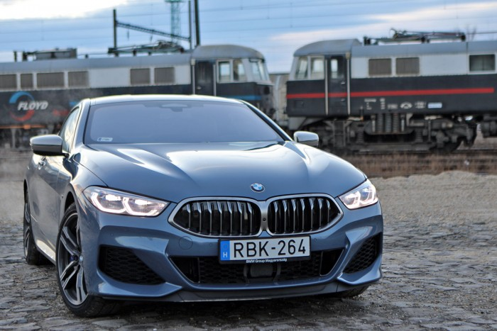 BMW 8-as