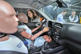 Másodlagos ütközésektől védő légzsákot fejleszt a Hyundai