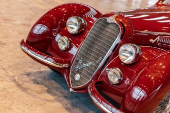 Milliárdos érték ez a kalandos életű, ritka Alfa Romeo