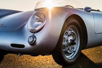 60 éve a versenypályákon él ez a Porsche