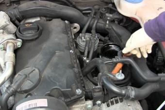 Ez fogja megmenteni a belső égésű motorokat? - Gajdán Miklós elmondja