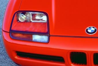 Szabadság, négy keréken: BMW Z1