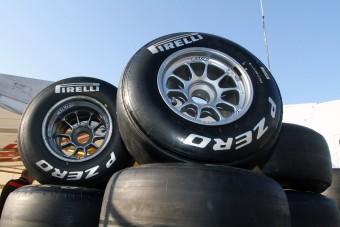 F1: Érik a botrány, az összes versenyző bojkottálta a Pirellit