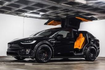 Így lesz dögösebb a Tesla buszlimuzinja