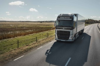 Diétára fogták a Volvo teherautó- és buszmotorjait
