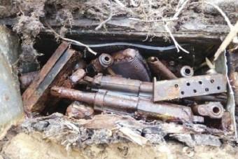 Második világháborús fegyverek kerültek elő a löszfalból