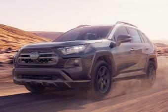Terepjárót faragtak a Toyota szabadidőjárművéből