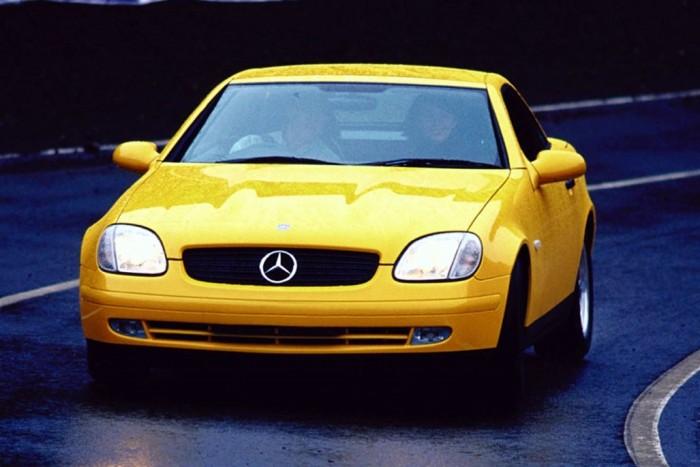Vidám napocskaként búcsúzik a Mercedes kompakt roadstere 1
