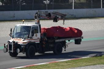 F1: Vettel megtörte a Ferrarit, a McLaren csúcsot futott