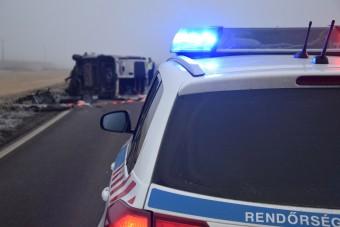 Akkora a baj az utakon, hogy vörös kódot adott ki a magyar rendőrség