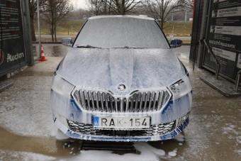 Így mentsd meg az autód a sótól