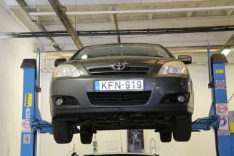 Ez a Toyota a tuti használt autó egymillió forintért?
