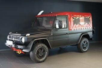 Veterán csapatszállítóból készül luxusautó