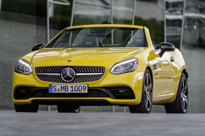 Vidám napocskaként búcsúzik a Mercedes kompakt roadstere 2