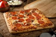 Tücsköt-bogarat is tettek erre a pizzára 2