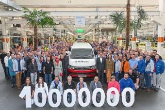 Elkészült a tízmilliomodik Volkswagen haszonjármű Hannoverben