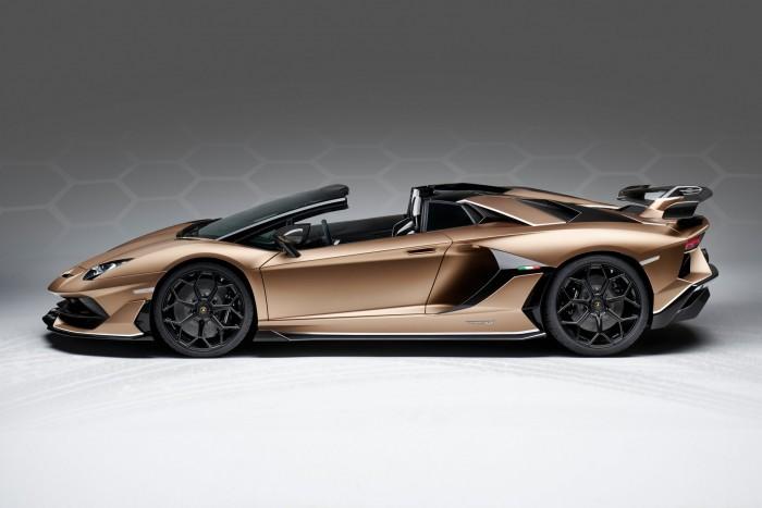 Roadsterként is félelmetes a csúcs-Lamborghini 9