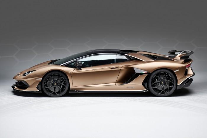 Roadsterként is félelmetes a csúcs-Lamborghini 10