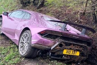Árokban felejtette a Lamborghinit a milliomos