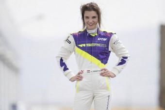 Magyar versenyző az új női formaautós szériában