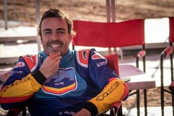 Alonso meg sem izzadt a dakaros teszten