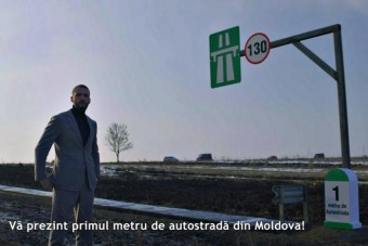 Saját pénzéből épített egy méter autópályát