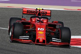 F1: A Ferrari egy másodpercet adott a Mercinek