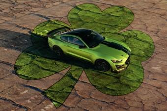Menő zölddel ünnepli Szent Patrik napját a Ford Mustang