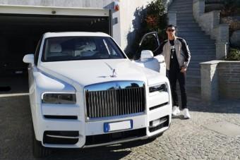 Ronaldo még családi autót sem úgy vesz, mint bárki más