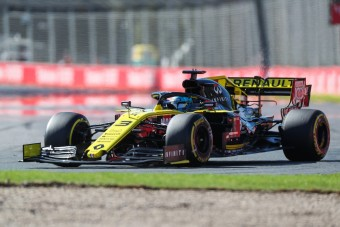 F1: A legnemesebb testrésze akadályozta Ricciardót