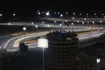 F1: Sivatagi eső borzolhatja a kedélyeket
