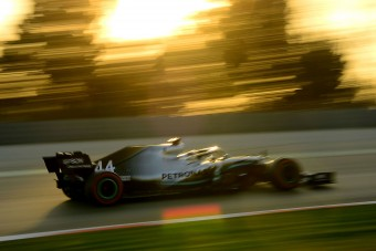 F1: Visszavágott a Merci a teszt végén