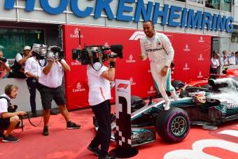 Filmszereplést vár a Mercitől az F1-főnök