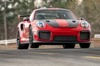 Egyszerre két rekordot döntött meg a Porsche