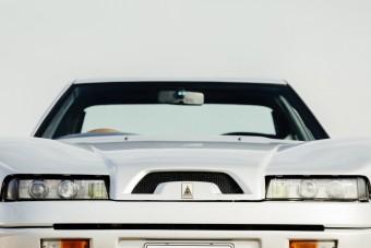 Japán autó, olasz ruhában - Autech Zagato Stelvio