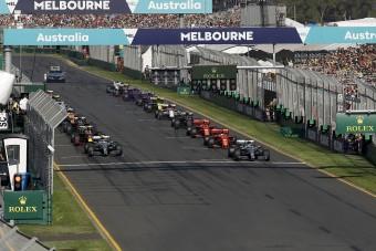 F1: Baj van a startlámpákkal