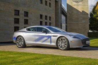 James Bond is elektromos autóra vált