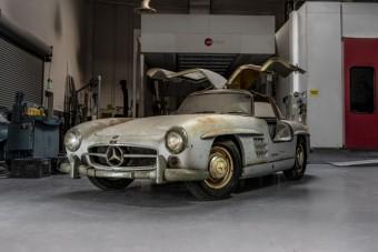 Közel 50 évet állt ez a csodálatos Mercedes sportautó