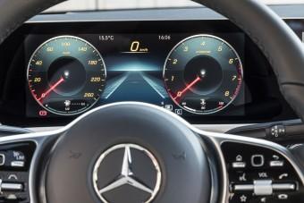 Húsz év múlva nem lesz CO2-t pöfögő Mercedes