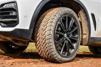 Meglepő márkájú gumit szerelnek az új BMW-kre