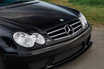 Bármikor elfogadnánk ezt a ritka Mercedes sportkupét