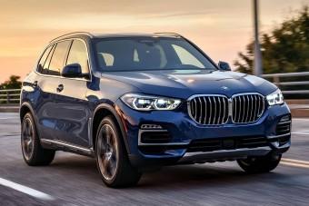 Sorban állunk a BMW-kért, Lexusokért