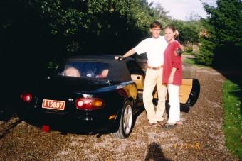 Na, milyen autóval jár a szupersportautókat építő Koenigsegg ura?
