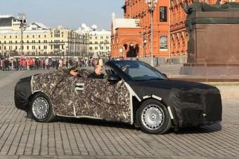 Kabrió is lesz Putyin luxusautójából