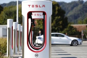 Ismét nyereséget produkált a Tesla