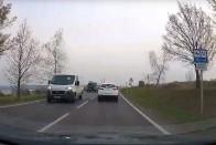 Szabálytalanul előzött egy magyar kamionos, aztán szándékosan elvakította az autóst 1