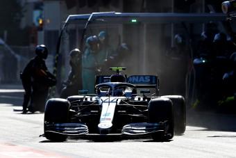 F1: Bottas nyerte a szokatlanul nyugodt bakui versenyt