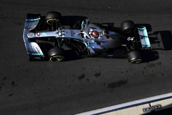 F1: Ezért nézte be Hamilton az újrarajtolást